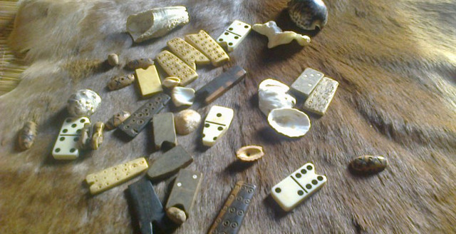 What It Means to 'Throw The Bones' in African Culture – GOLD