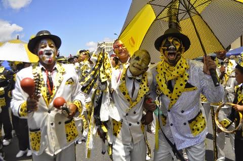 GOLD-Tweede-Nuwe-Jaar-Street-Carnival